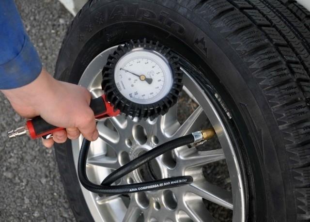 "Reifenfüller mit Manometer, Handreifenfüller, geeicht 80 mm ""Profi"" Reifenfüllpistole"